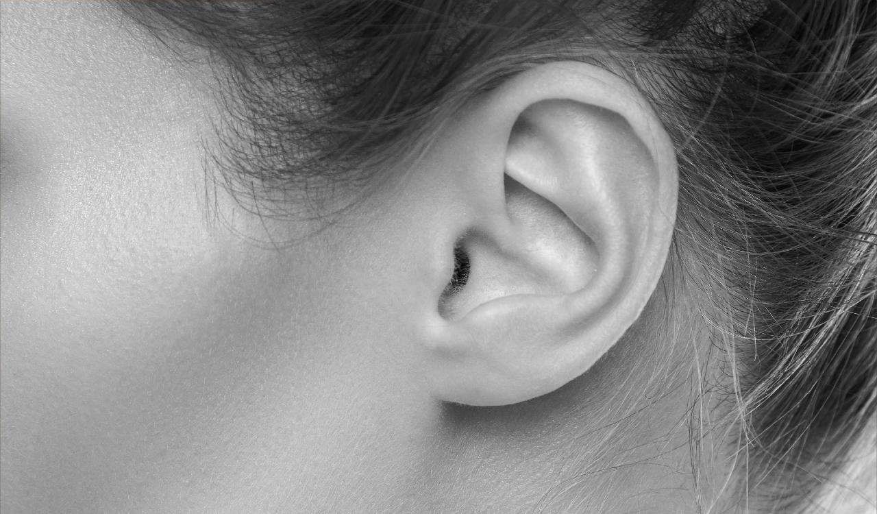 ניתוח אוזניים אצל ילדים ונוער